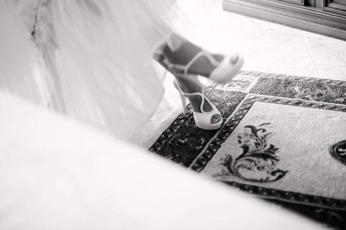 scarpe della sposa, abito da sposa